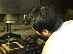 富山のプラスチック容器用金型成形なら|有限会社 今井金型製作所